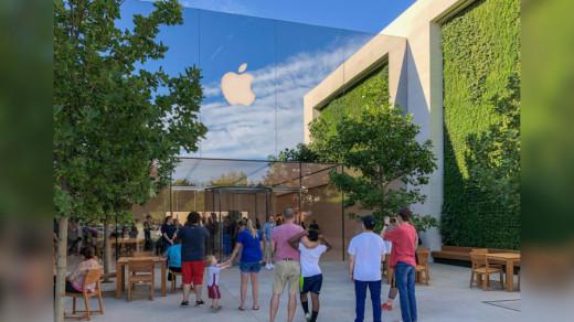 Фасад Apple Store в Луисвилле