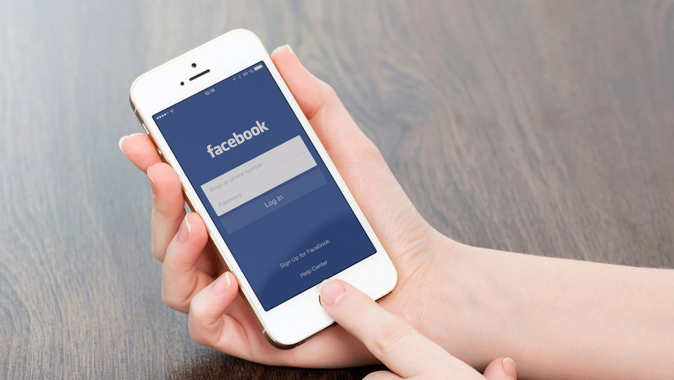 Facebook на iPhone
