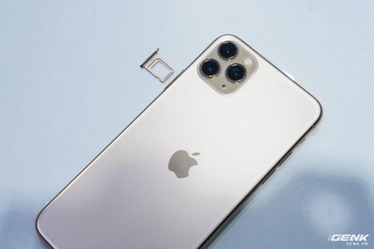 iphone 11 sim tray