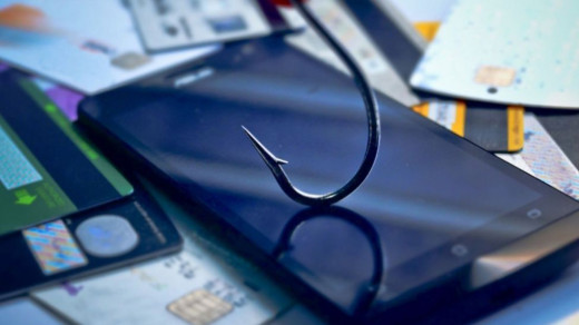 Мошенники звонят споддельного номера 900 якобы отСбербанка. Как защититься?
