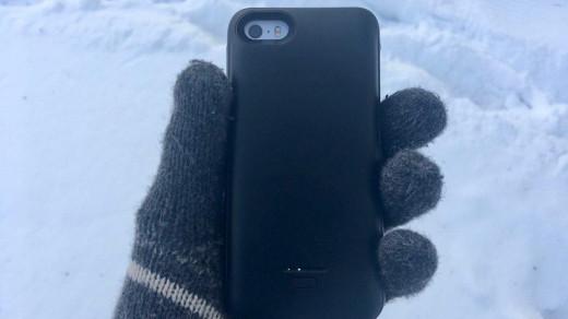 Испытание холодом чехла-аккумулятора для Айфона