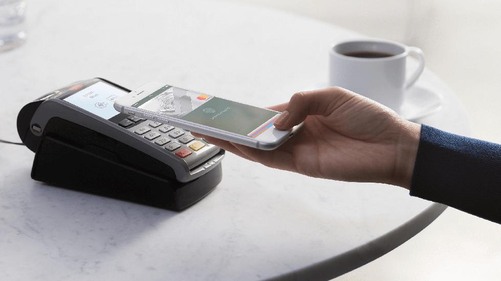 Смартфоны россиян планируют применить для борьбы сотмыванием денег