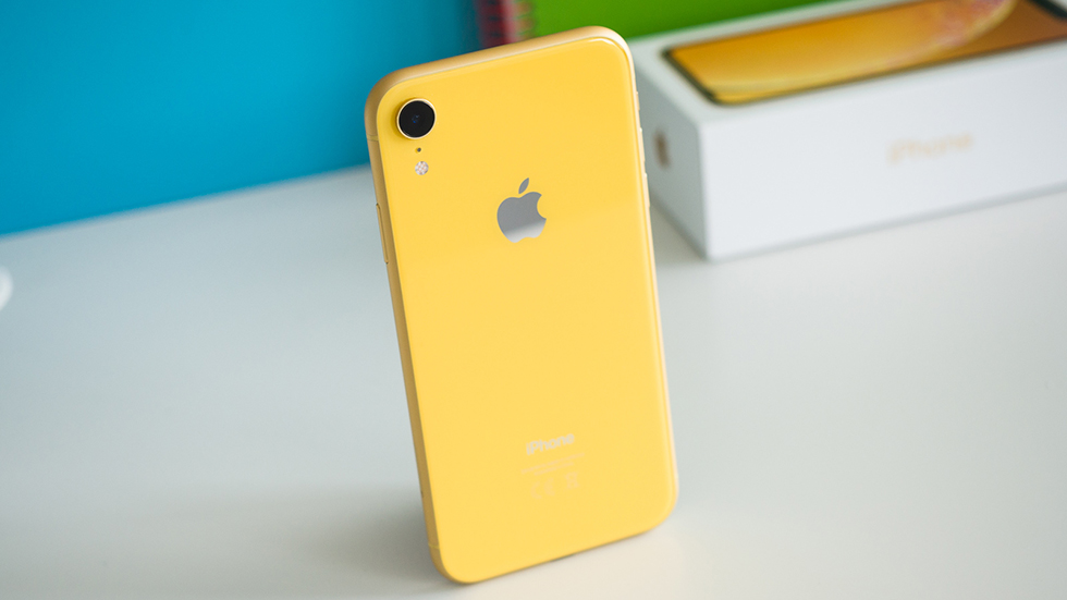 Apple подтвердила пропажу связи нанекоторых iPhone XR