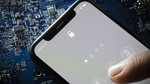 Хакер изGoogle нашел способ удаленно взломать iPhone запару минут