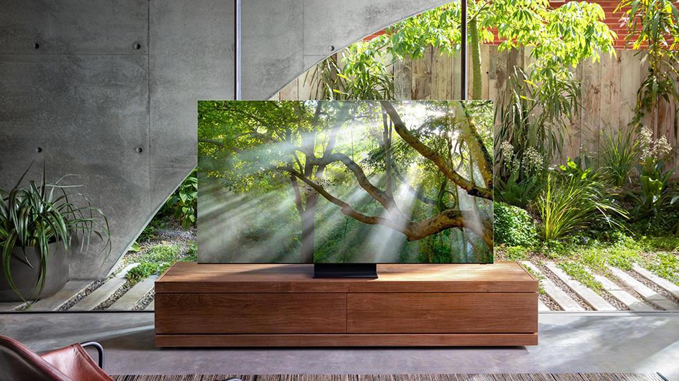 Samsung презентовала 8K-телевизор без рамок