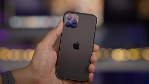 iPhone 11глючат при подключении кавтомобилю