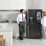 Чудо-холодильник LG Signature