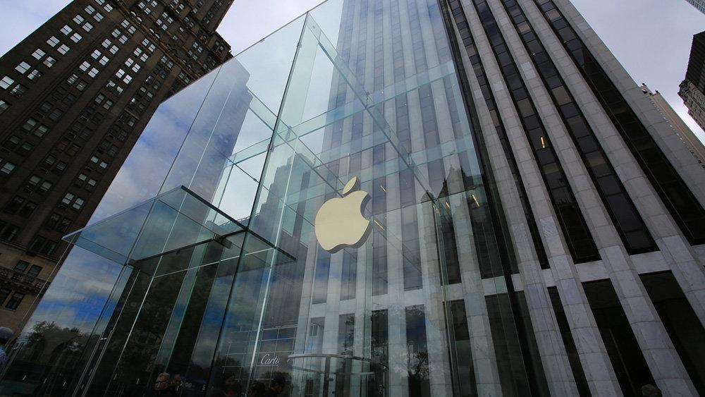 На Apple опять подали в суд
