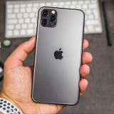iPhone 12 уже стал дефицитом, найти его в магазинах всё сложнее