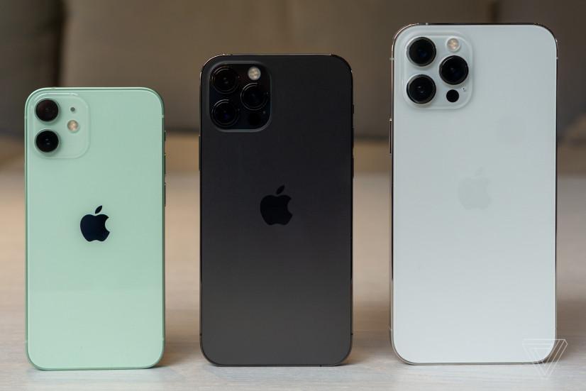 На сколько хватает заряда iPhone 12 Mini? Сравниваем с другими смартфонами