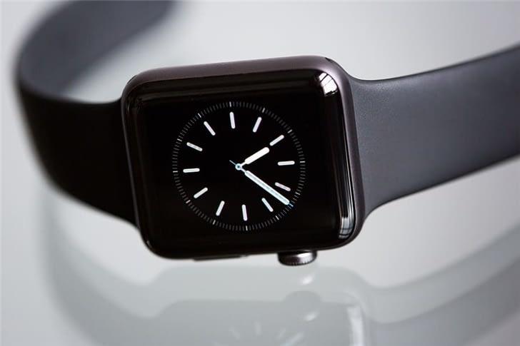 Новая watchOS 7.2 стала доступна для разработчиков