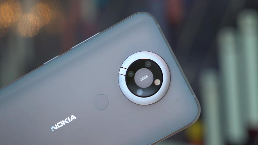 Стильный и футуристичный — таким мог быть современный Nokia N95