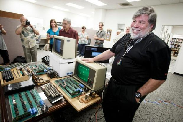 Эксклюзивный компьютер Apple-1 выставлен на торги. Старт – 3,8 млн руб