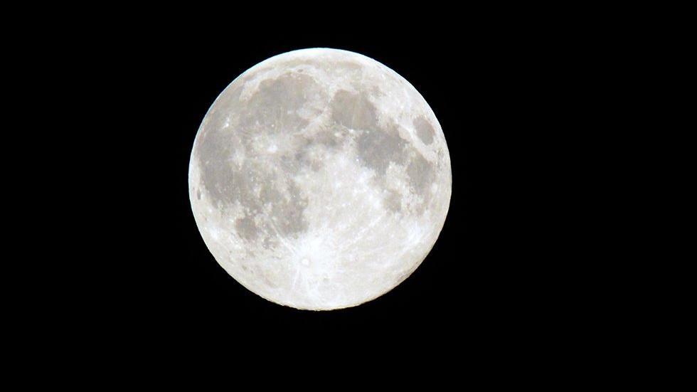 Что будет с Землей, если Луна исчезнет?