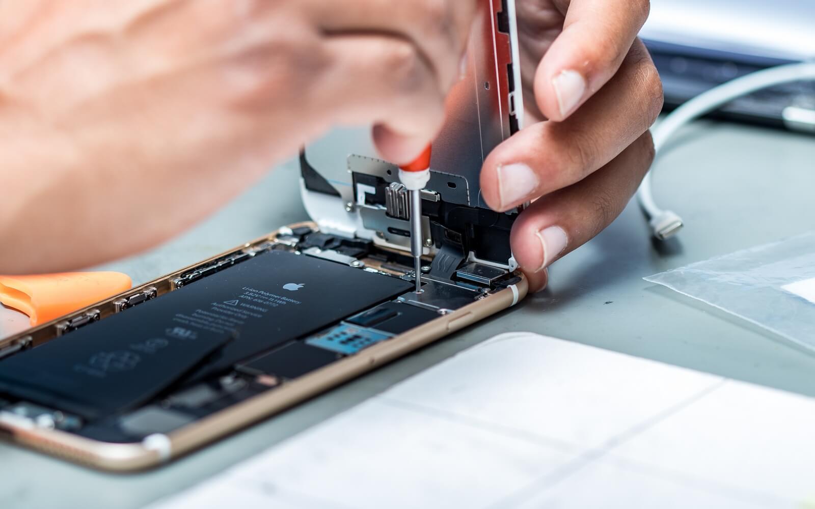 Что и в каких iPhone можно заменить самостоятельно, ничего не сломав