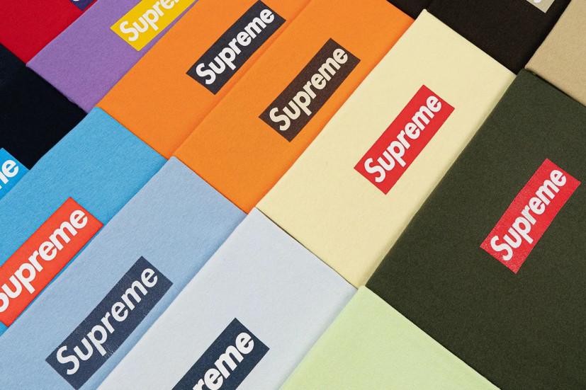 Студент выставляет на торги коллекцию футболок Supreme и планирует получить за неё 150 млн руб