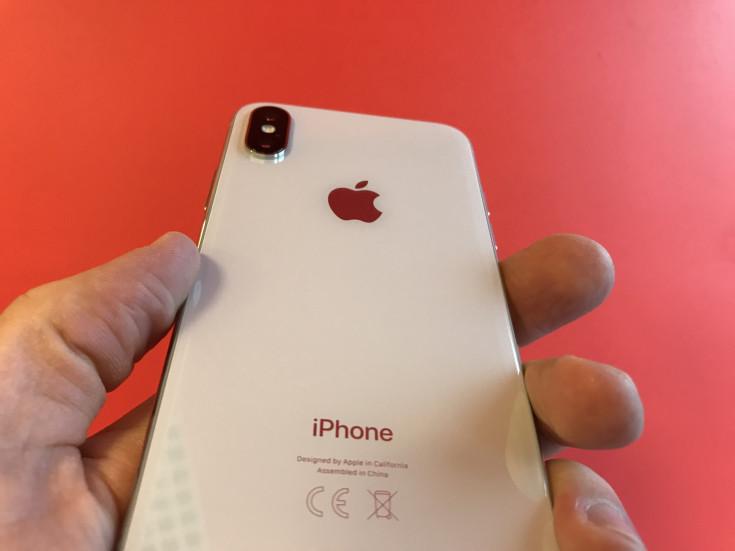 Стоит ли покупать iPhone X в 2021? Сравнение с iPhone XR