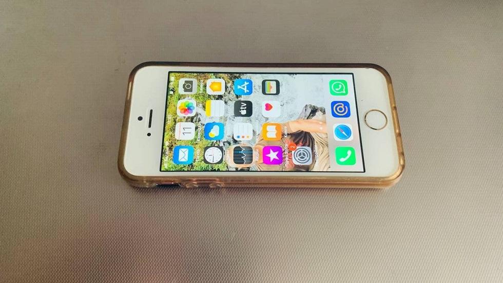 Стоит ли покупать первый iPhone SE в 2021 году? Реальный опыт