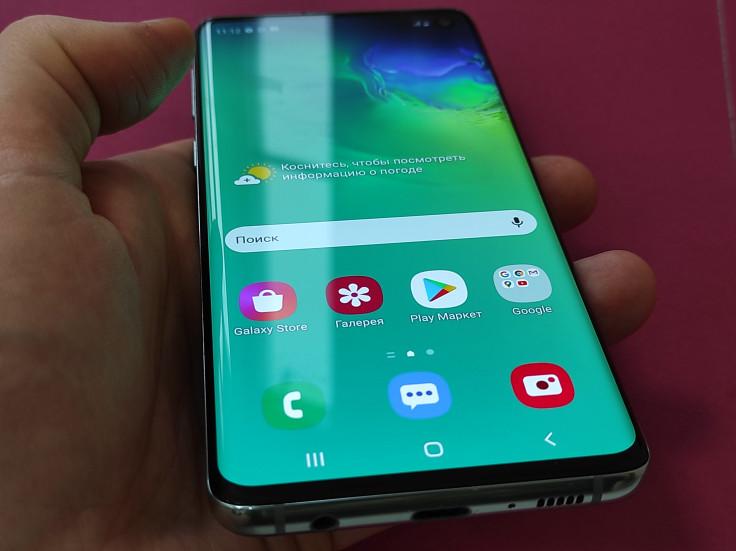 Обзор Samsung Galaxy S10: стоит ли покупать в 2021?