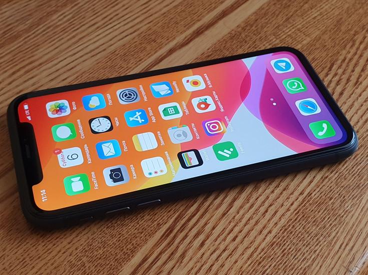 iPhone 11 в 2021: камеры, экран, удобство, батарея