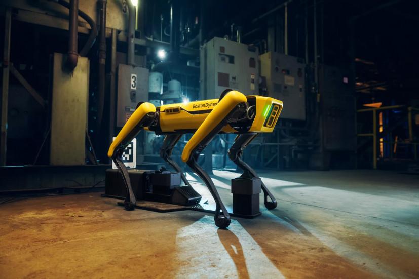 Робособаке от Вoston Dynamics приделали руку