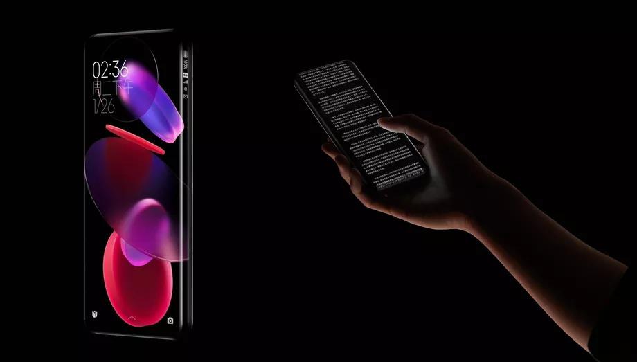 Xiaomi представила концептуальный смартфон с четырехугольным экраном-водопадом