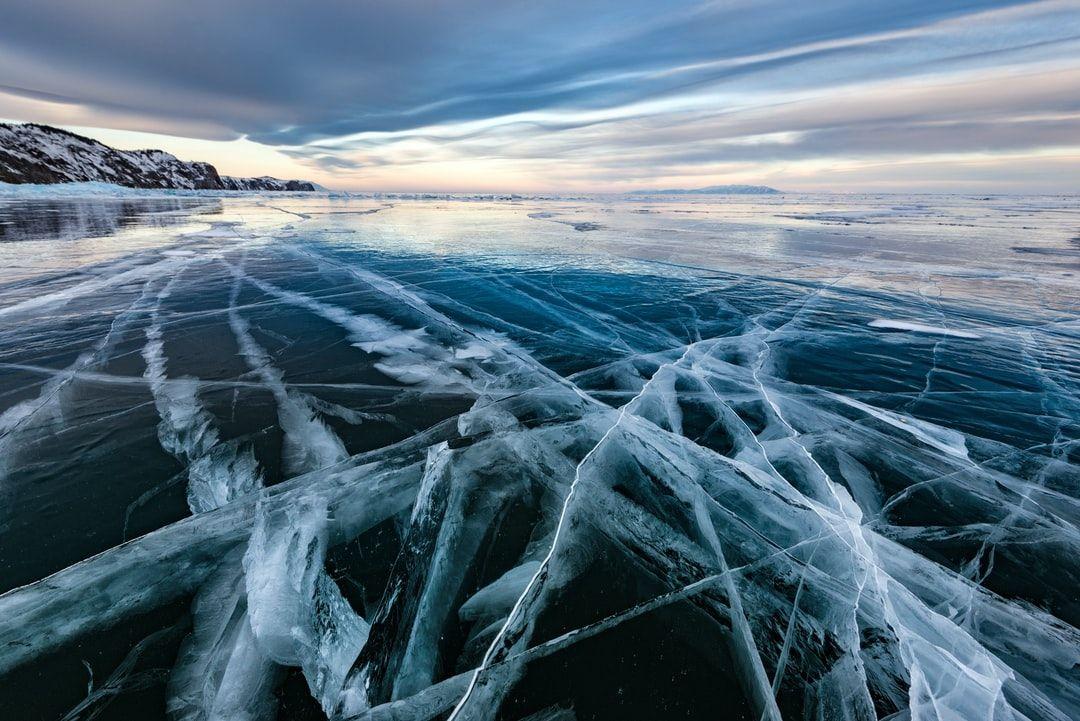 iPhone 11 Pro выжил после падения в ледяное озеро