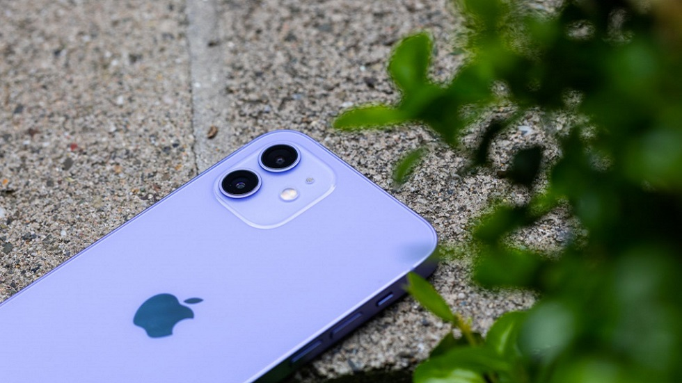 Крутые фото фиолетового iPhone 12 — смотрится невероятно