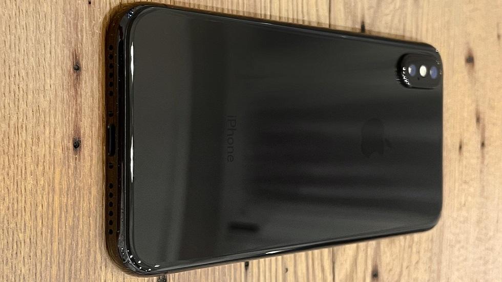 Прототип iPhone X в расцветке Jet Black — другая форма камеры и крутой цвет