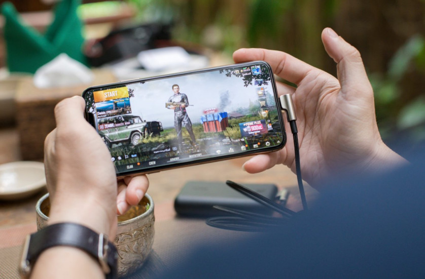 Этот айфон вошел в ТОП лучших игровых смартфонов 2021 года