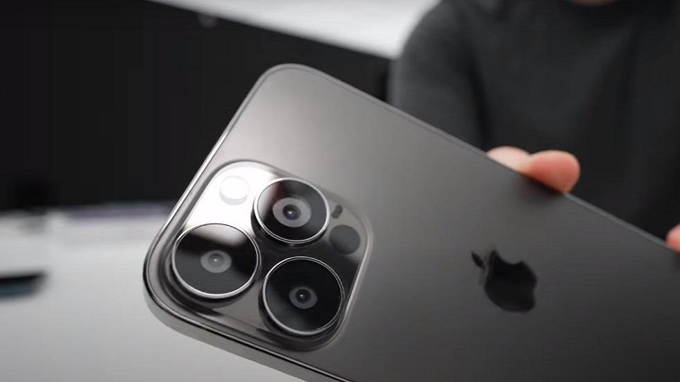«Живой» iPhone 13 Pro Max показали на видео — меньше челка, больше объективы