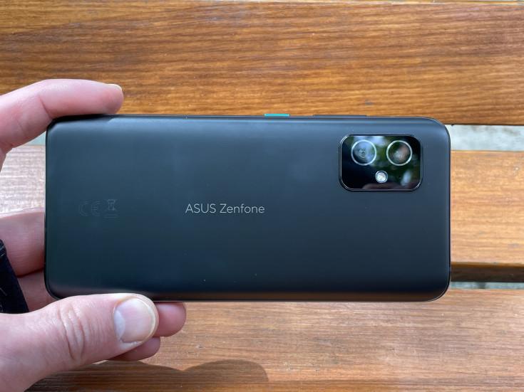 Обзор ASUS ZenFone 8: настоящее исключение из правил