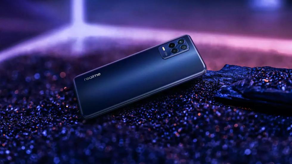 Realme 8s 5G — 64 Мп, 5000 мА*ч, 90 Гц, 64 Мп, 33 Вт, 13 ГБ ОЗУ и всего $170