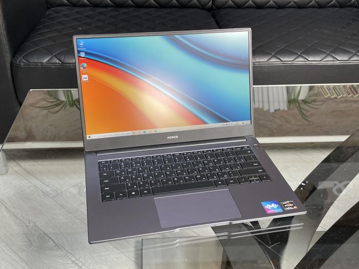 Продажи ноутбуков в России растут — и существенно, на 25%