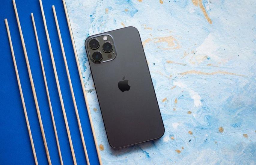 Антенны iPhone 13 Pro из пластиковых бутылок плохо ловят сигнал